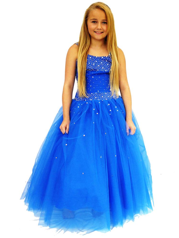 celebrity-stores-junior-prom-001
